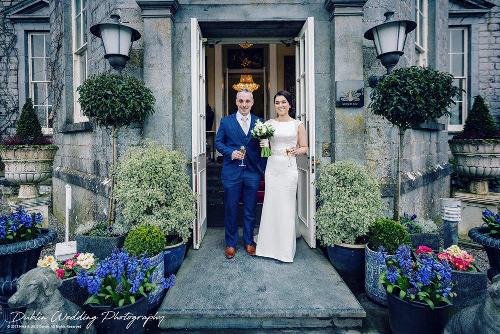 Castle Durrow Wedding Photographer Bride & Groom Arriving At reception