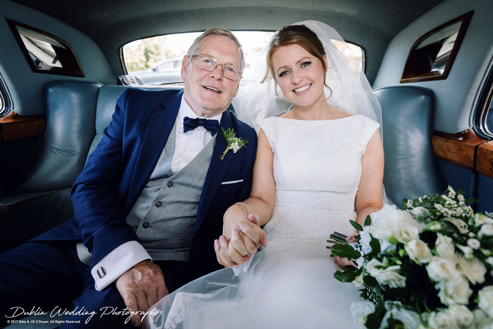 Tinakilly House Wedding Photographer: Bride & father in Car