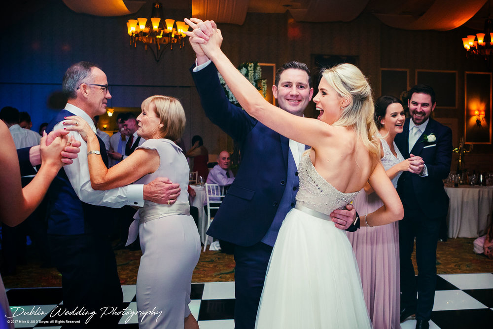 K Club, Kildare, Wedding Photographer, Dublin, Bride and room enjoying the first dance together with everyone joining in