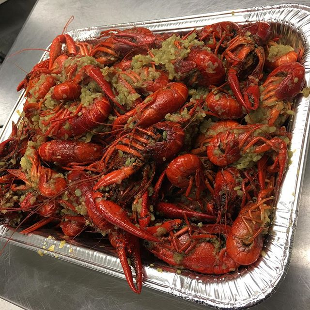 One fish two fish red fish #crawfish #hangoutasiangrill #houston #katytx #delicious #food #cajun #vietnamese