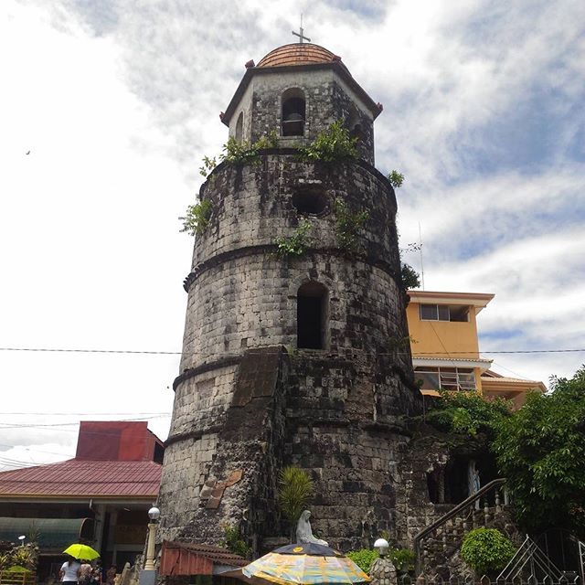 The Bell Tower -Dumaguete, Philippines. Built in 1760s, the Dumaguete Belfry was used to warn townsfolk of marauding pirates. Famous for its architectural landmark in the city, the Dumaguete Bell Tower remains to be the oldest bell tower in the Visayas. . . . . . #belltower #Dumaguete #famous #landmark #oldbelltower #Philippines #1760 #webdevelopment #websites #webdesign #squarespace #coder #html  #css #javascript #marketing #SEO #designer #holisticdesign #creativedesign #natural #smalltowns #history #learn #socialmedia #awesome #visayas