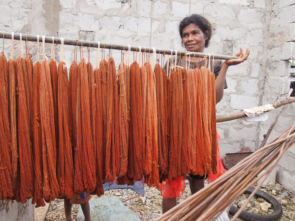 tais-cloth-timor-leste6