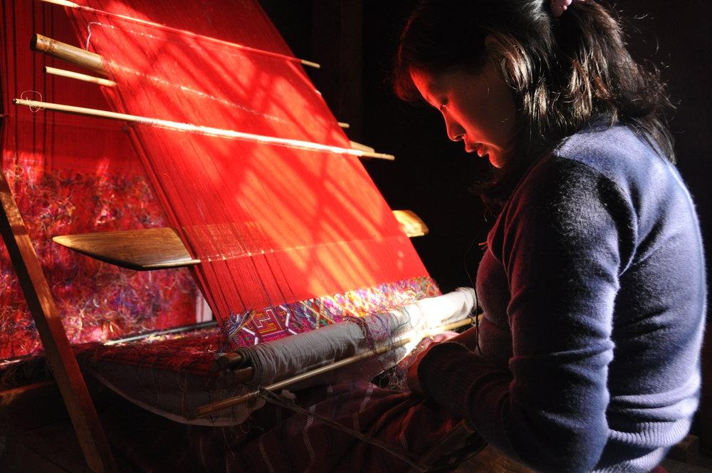 kira-tingma-and-aikapur-weaving-bhutan2