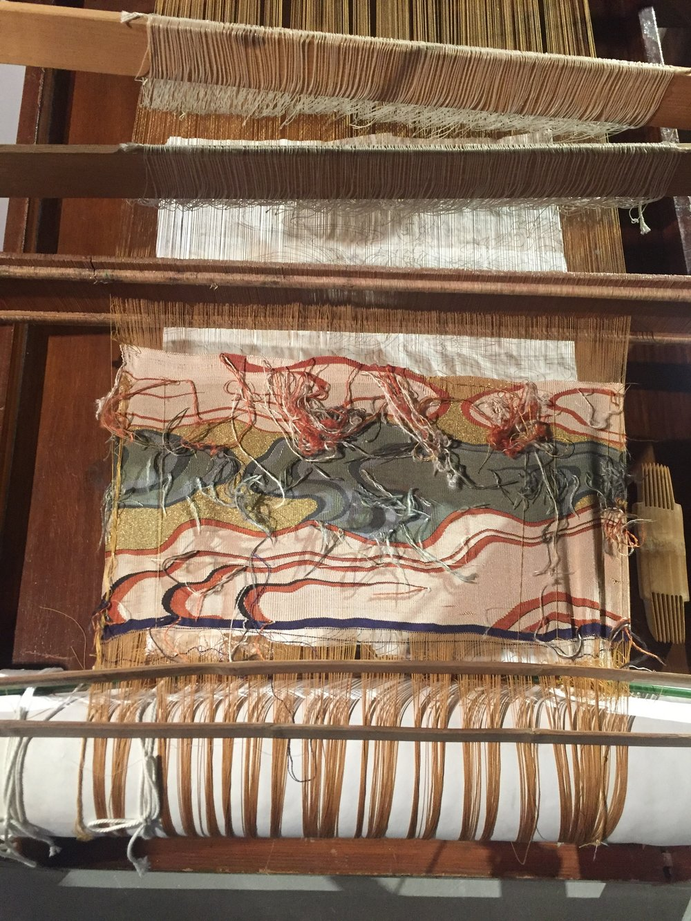 Silk tapestry weaving on loom