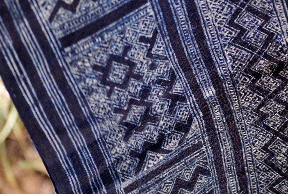 zu-xiong-master-of-hmong-batik-laos4