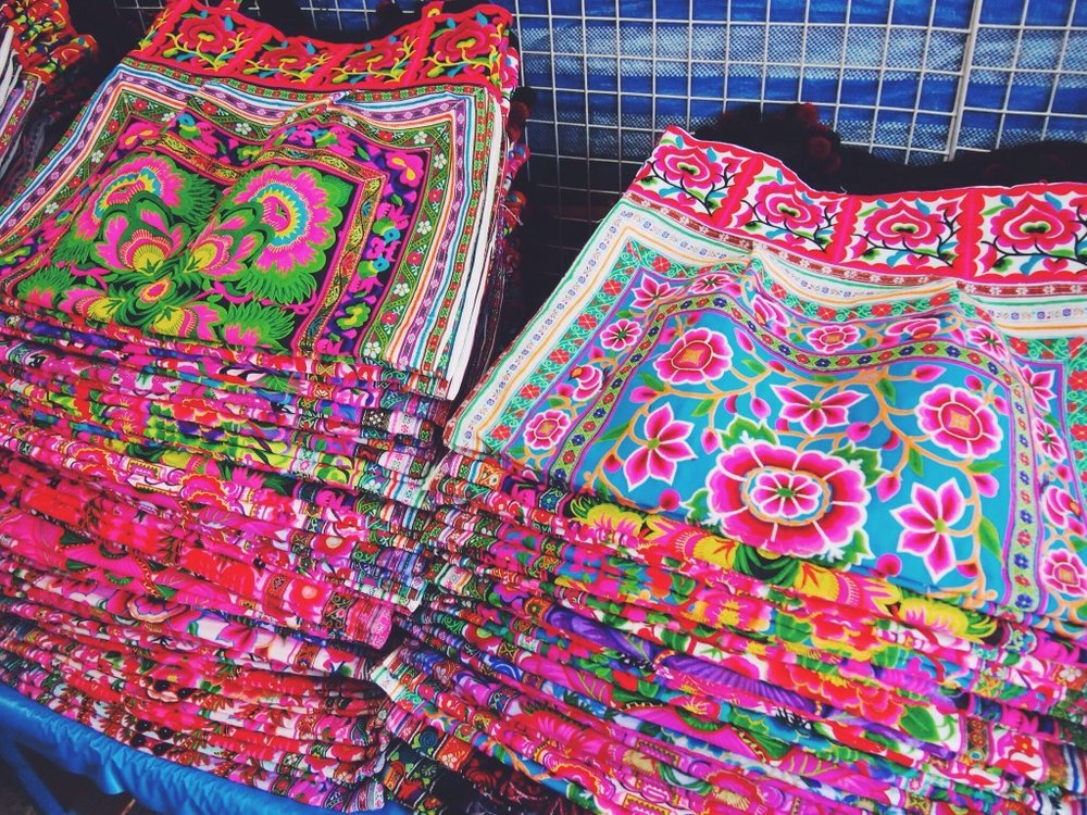 warorot-lamyai-hmong-markets-thailand3