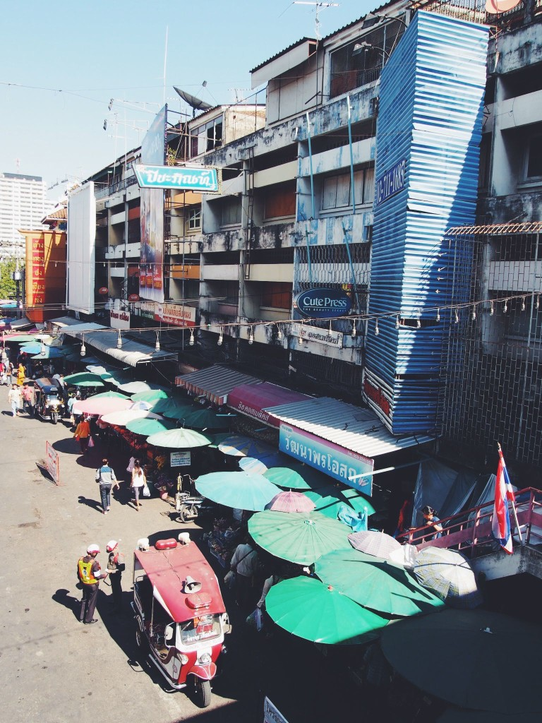 warorot-lamyai-hmong-markets-thailand5