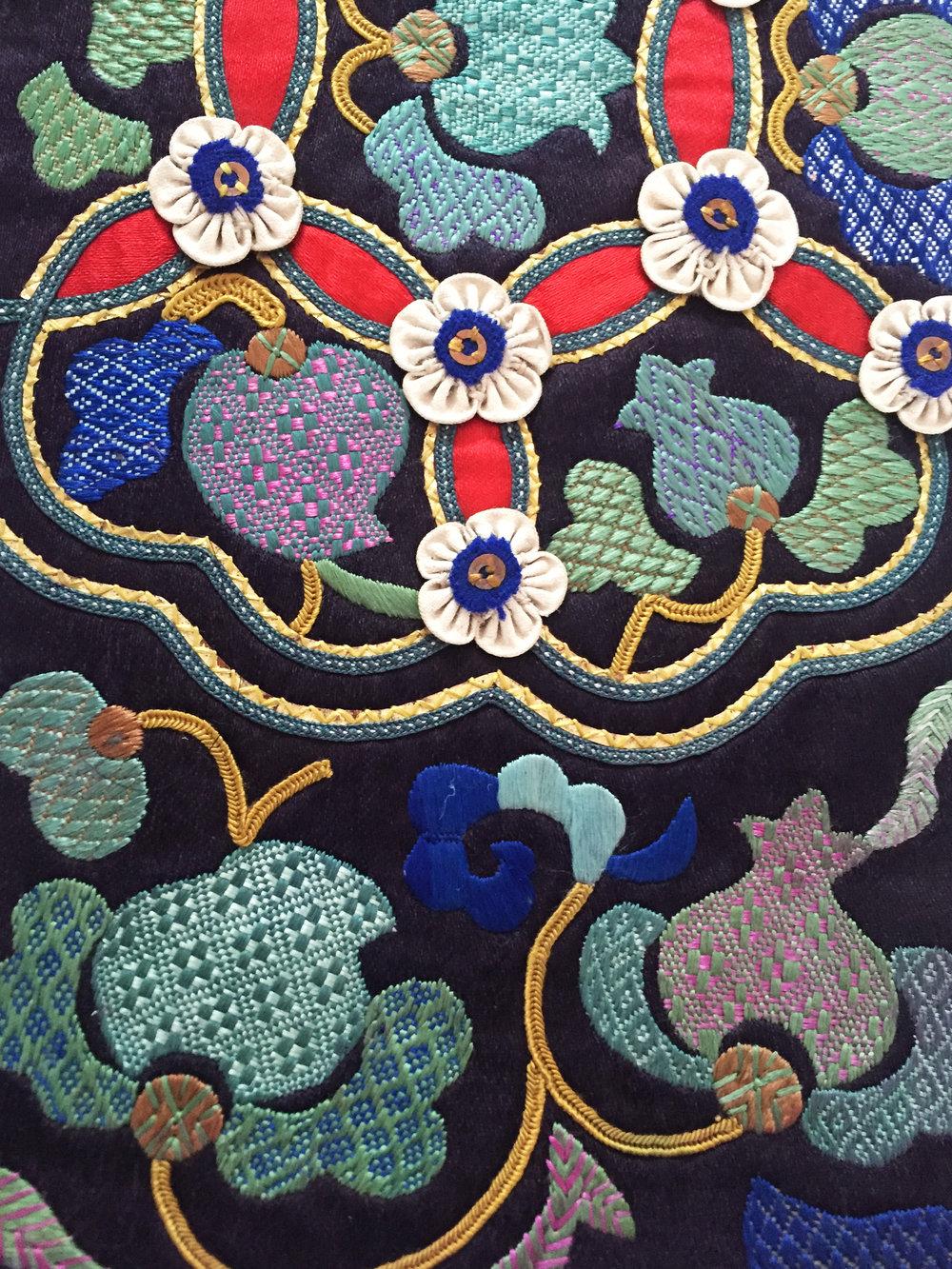 Miao weaving-embroidery (戳纱绣) from Leishan, Guizhou, China. Yang Wen Bin Collection.
