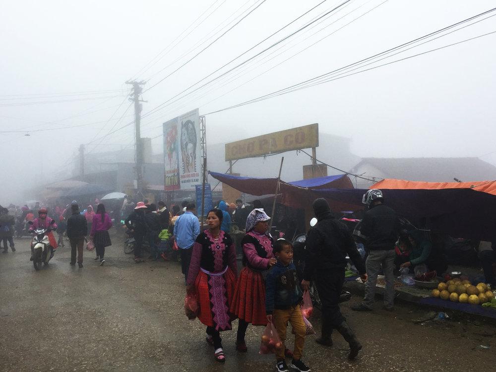 blue-hmong-of-pa-co-village-vietnam12