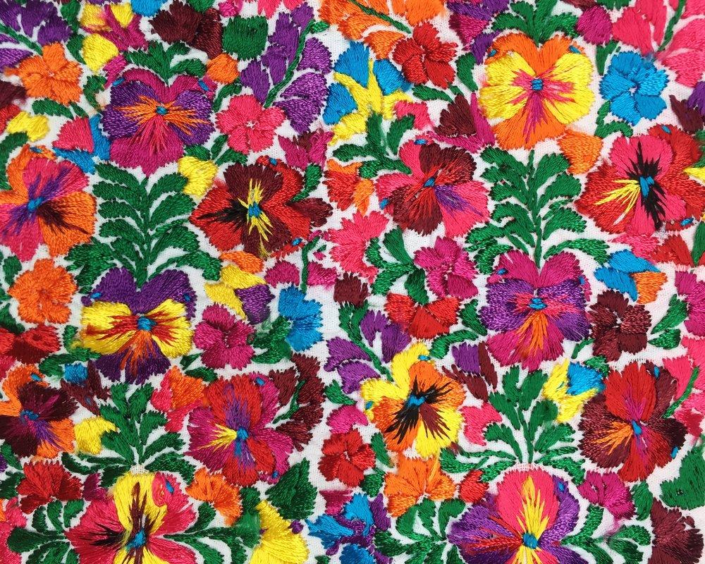 f9db0c9b28db6 Making of  Floral Embroidery in San Antonio Castillo Velasco