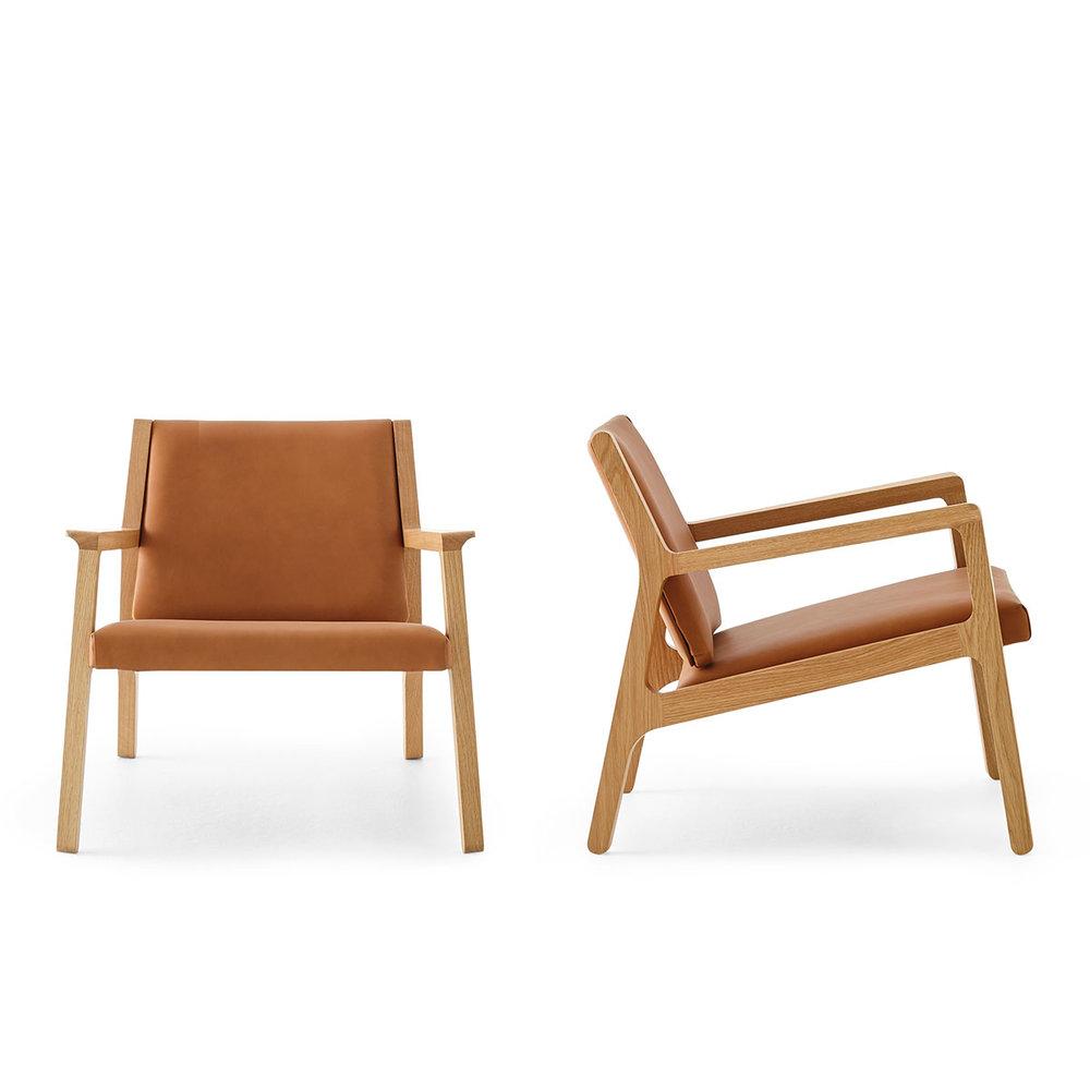 Ari armchair by studio pip