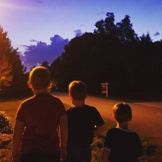 Cul de sac fireworks with our neighbors🎆... #NashWheeler didn't cry,  but he was clinging to me like a spider monkey🐒  Love living in the country where you can still hear the Katydids, cicadas and crickets in our woods!