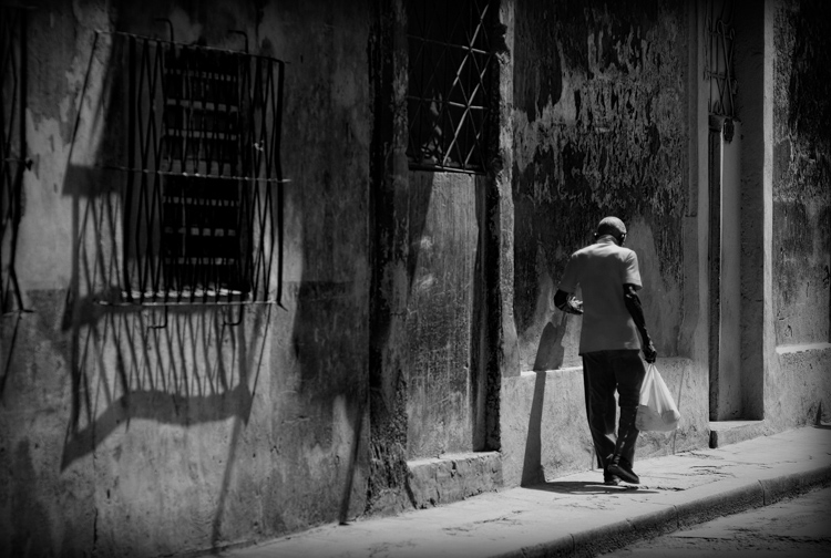 Walking through Havana