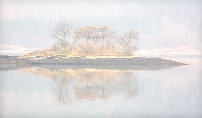 Island in Mist, Loch Leven