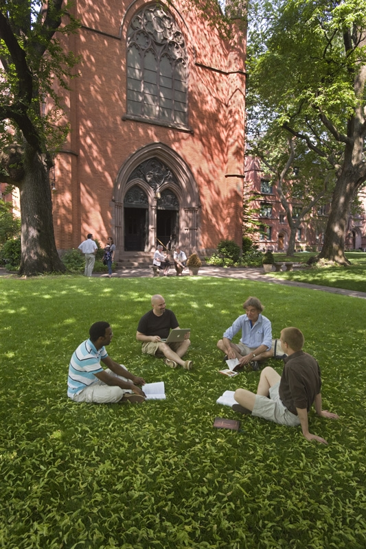 students-on-lawn1.jpg