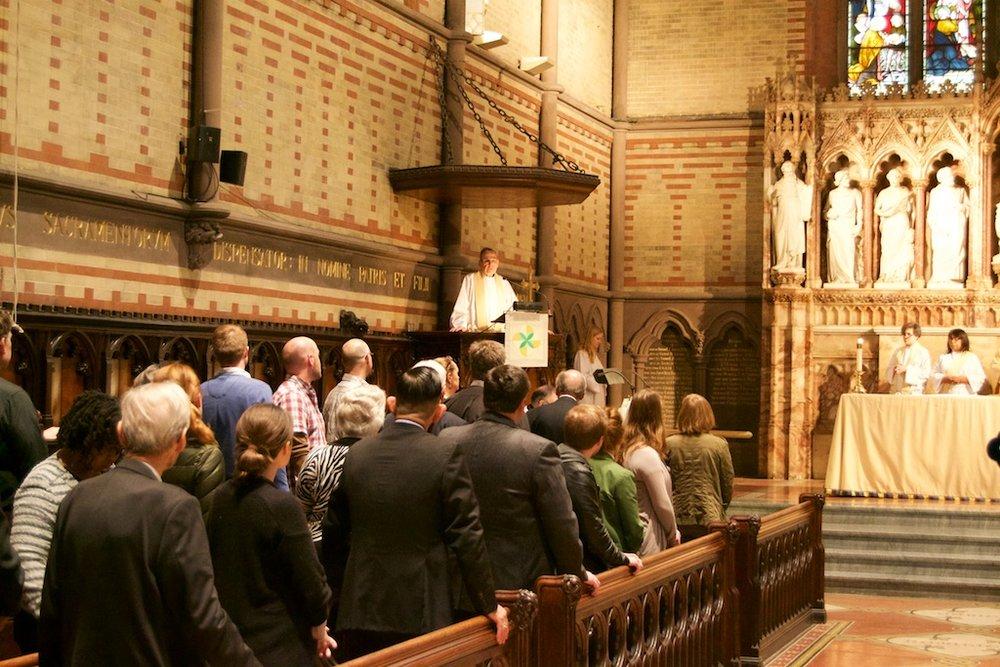 Alumni_Eucharist_2015_KirbyPreaching.jpg
