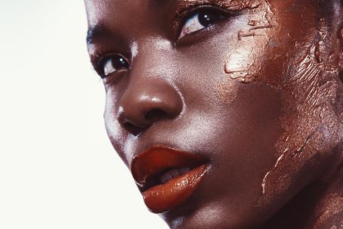 gold makeup.jpg