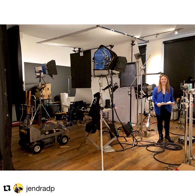 #Repost @jendradp with @get_repost ・・・ Small objects in #slowmotion require big setups!  With Director @aubreysmyth for @evolutionfresh #juice #commercial  #tabletop #240fps #redcamera #redgemini #fisher11dolly #miniworral #gearedhead #femaledirector #femaleDP #femalefilmmakers  @cutterproductions @cutterconnections #Cinematographer #cinematography #dp #dop #directorofphotography
