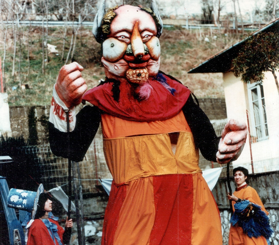 CARNIVALE - A celebration of freedom in education and puppetry in the streets, Carnivale of Vaiano, Italy 1977