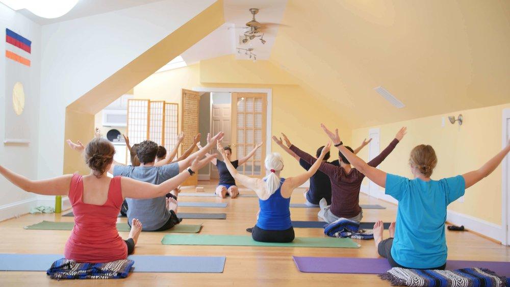 Erin Henshaw Yoga Class