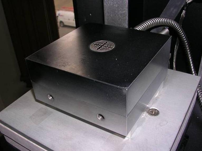 "Ceramicomb-1"" Sensor in Platen"
