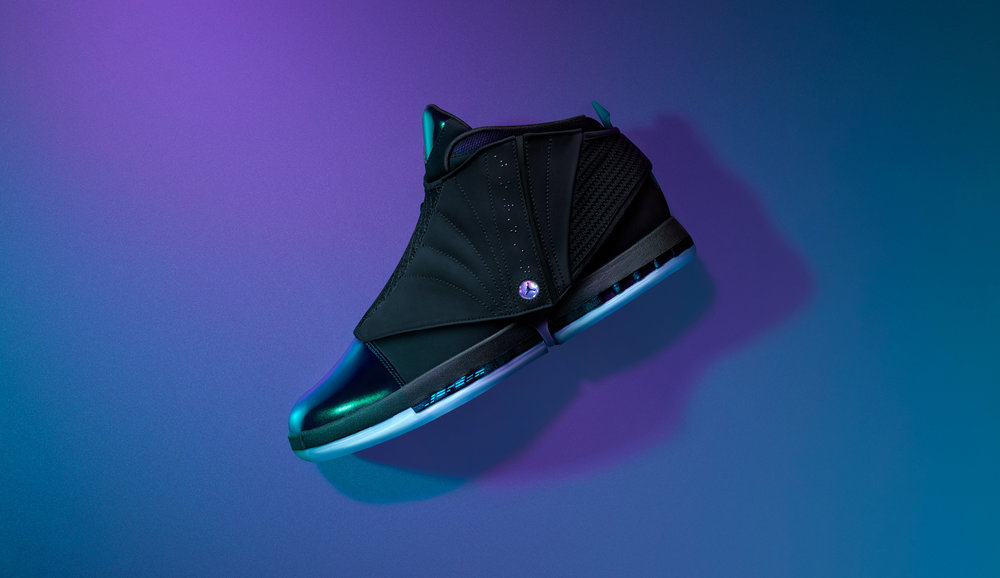 AA1235_003-SNKRS-FA17-Oct-Air_Jordan_XVI-Black_Green-057-Hero2.jpg