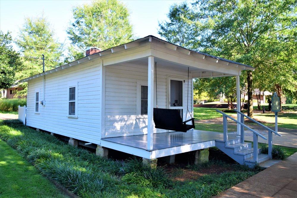 Elvis' birth home