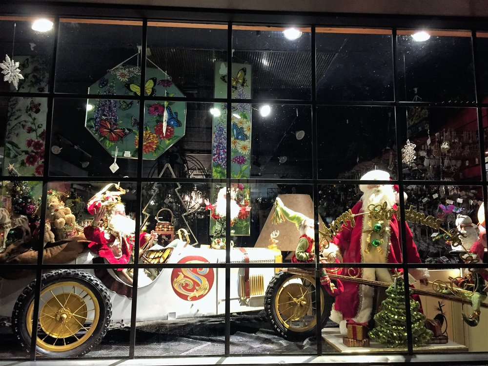 Leavenworth shop window