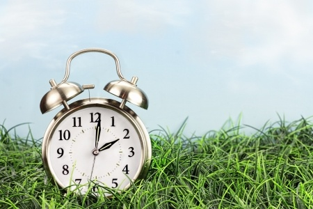 18183911_S_clock_time_grass_spring_forward_daylight_savings.jpg