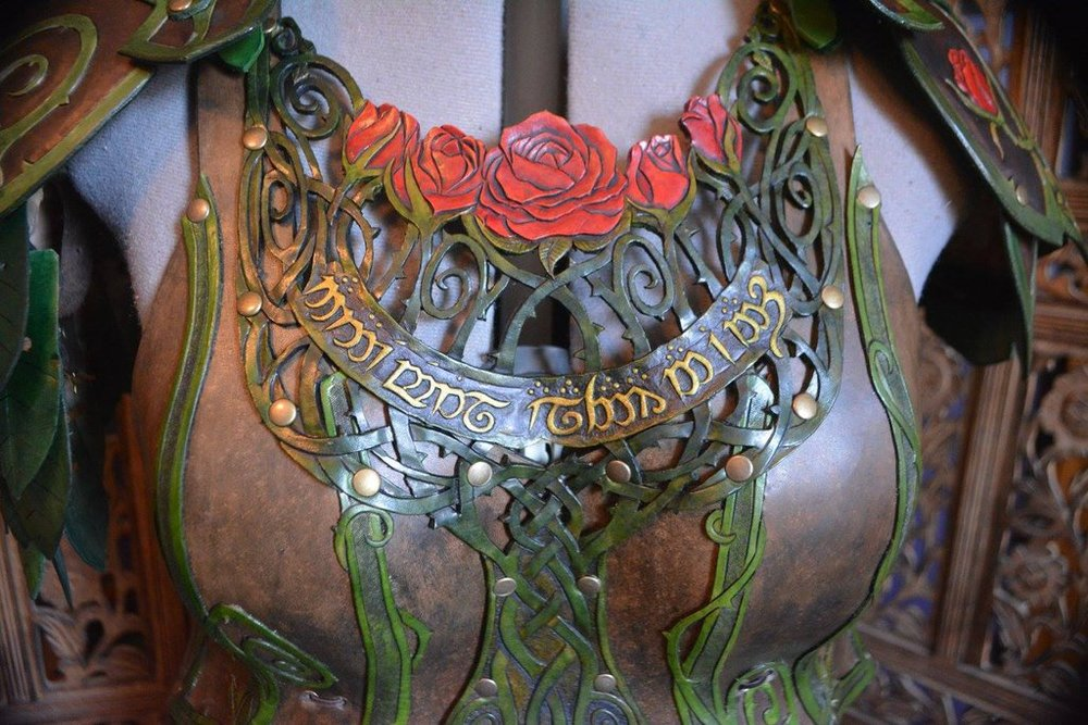 briar_rose_elven_leather_armor_by_savagepunkstudio-daeun3u.jpg