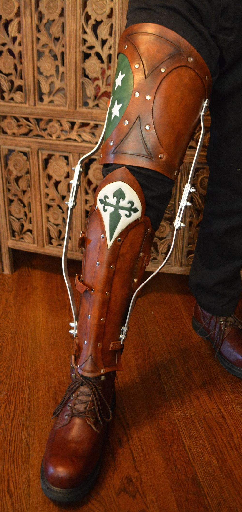 Pseudo-Edwardian Leg Brace
