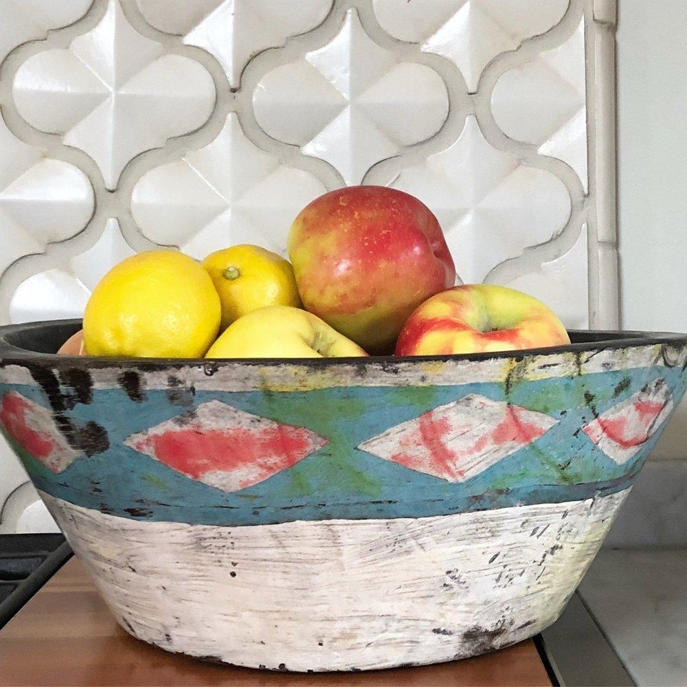 MEMENTO STYLE:  Suka bowl
