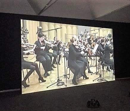 The 21st Biennale of Sydney opens this weekend! This was a favourite at the AGNSW – Samson Young's sonically muted footage of the Flora Sinfonie Orchester in Cologne.  Instead of a melody, you only hear the physical actions in a performance like breathing, the turning of pages, and the clicking, tapping and plucking of instruments. Mesmerising. . . . #classicalmusic #chambermusic @artgalleryofnsw @biennaleofsydney #sydneybiennale #samsonyoung #music