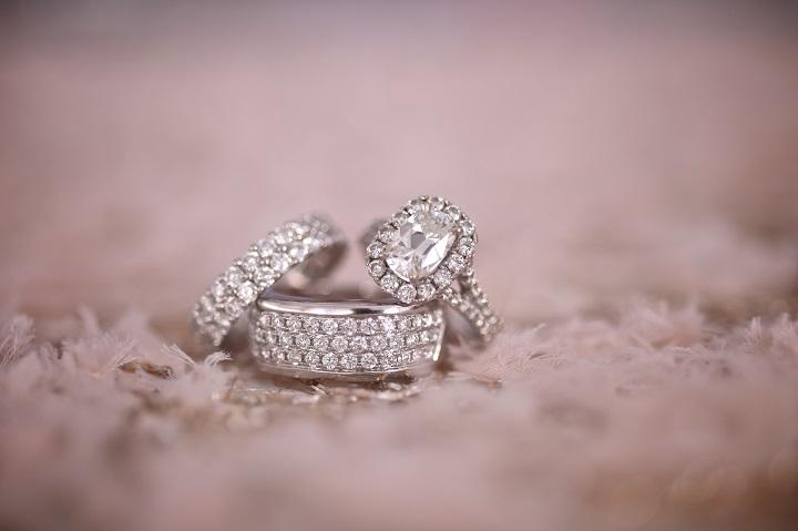 four_seasons_Dallas_Purple_tented_wedding_swank_soiree_wedding_planner_wedding_rings.jpg