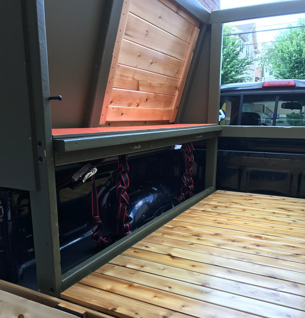 Inside-out™ wheel-well storage  - Our patent-pending design provides plenty of storage around the wheel wells which can be accessed from both inside and outside of the Cabin. Perfect for stashing wet gear and for longer items like skis, poles and paddles.