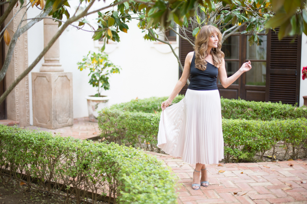 How To Style The Maxi Skirt For 2017