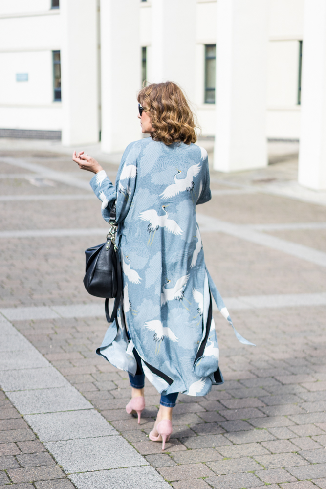 How To Wear Kimonos