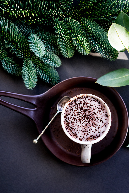 Food Photography & Festive Vegan Hot Chocolate Recipe
