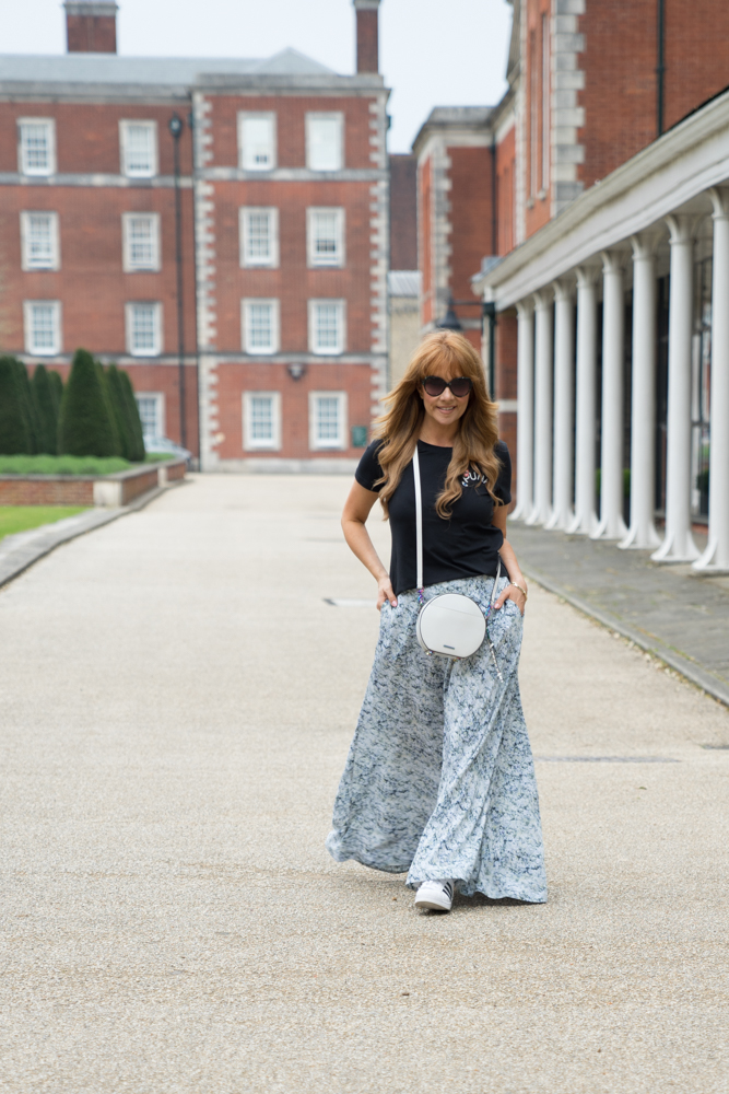 Learn to relax, Sarah Bacchus, The Style Bible - Trainers & Maxi Skirts