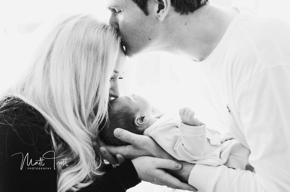 Kent Newborn Family Shoot