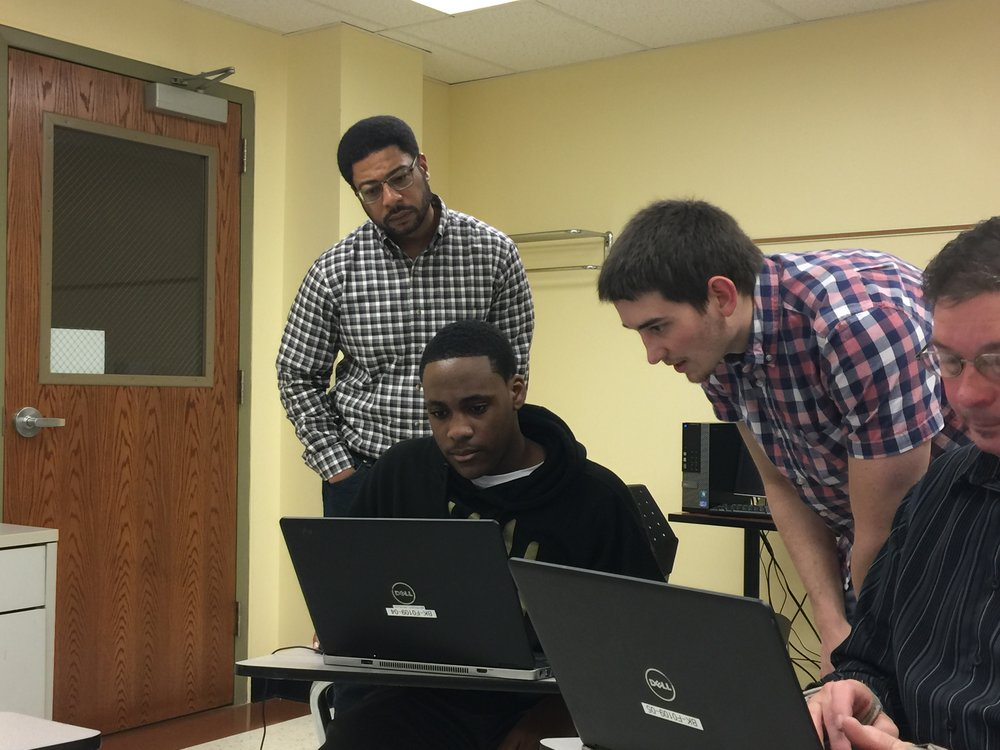 Solid Innovations founder Joe Sinclair teaching PerceptEngine to Students