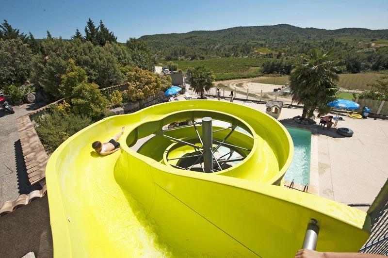 CampingLeChamadou-Ardèche-4étoiles-tobogganaquatique-piscine-jeux2