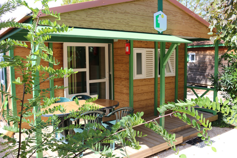 campinglechamadou-sudardeche-4etoiles-locations-mobilhomes-chalets-club1.jpg