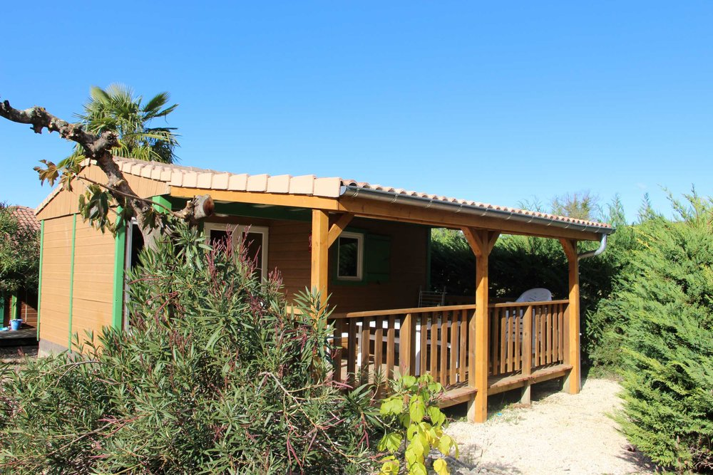 campinglechamadou-sudardeche-4etoiles-locations-mobilhomes-chalets-garrigue1.jpg