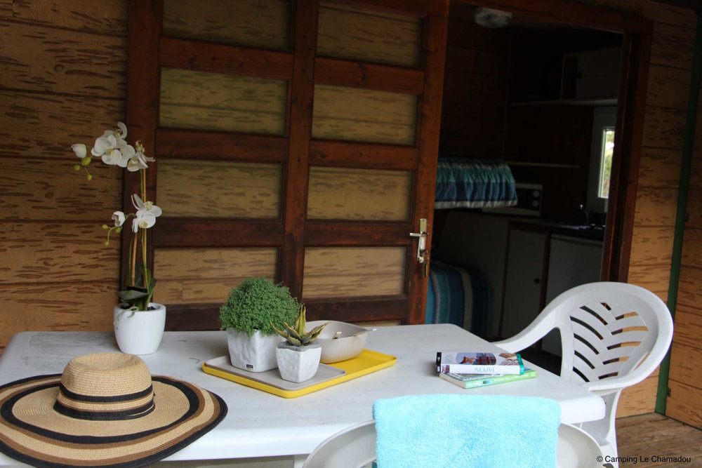 campinglechamadou-sudardeche-4etoiles-locations-mobilhomes-chalets-borie1.jpg