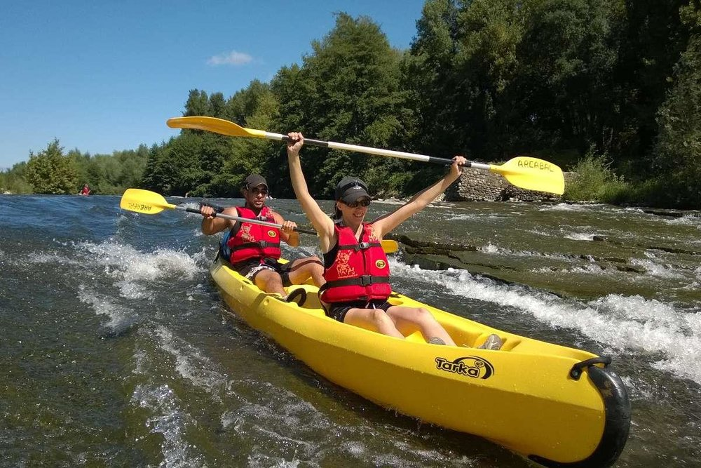 campinglechamadou-sudardeche-4etoiles-canoe-kayak-riviere.jpg