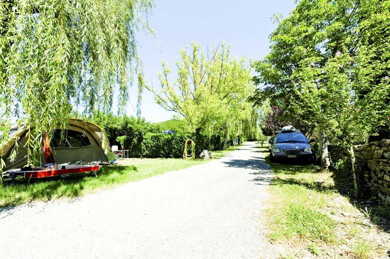 CampingLeChamadou-sudardeche-4etoiles-emplacement2.jpg