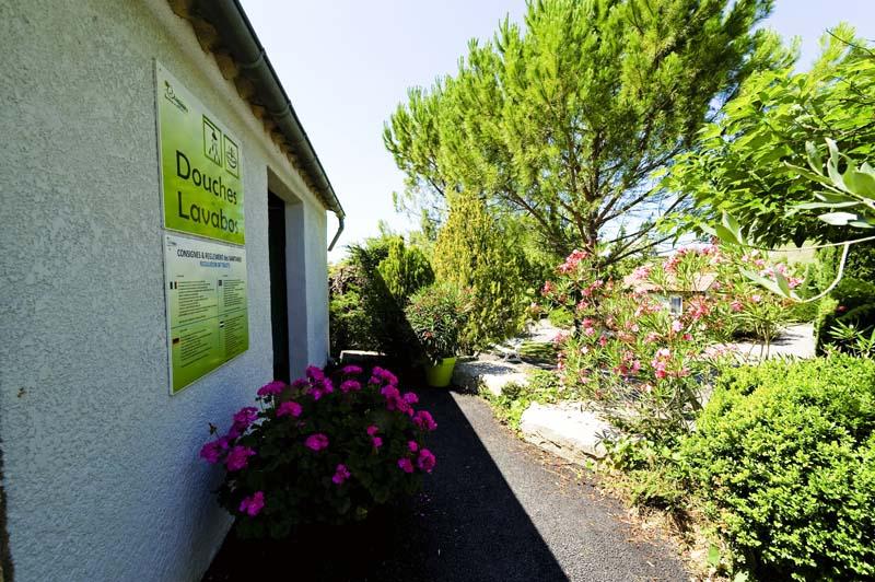 CampingLeChamadou-sudardeche-4etoiles-emplacement3.jpg
