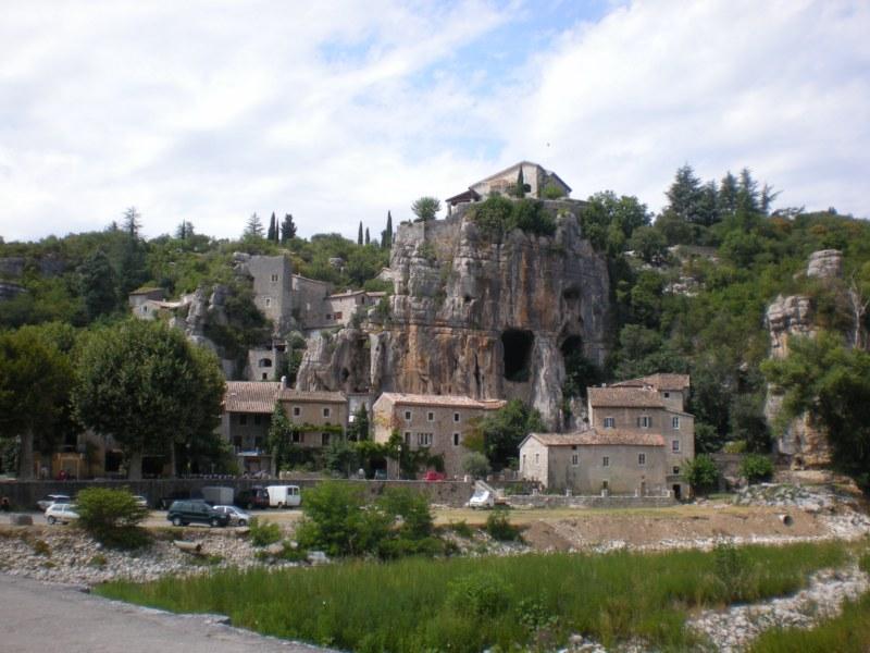 CampingLeChamadou-sudardeche-4etoiles-ardeche-villages-labeaume2