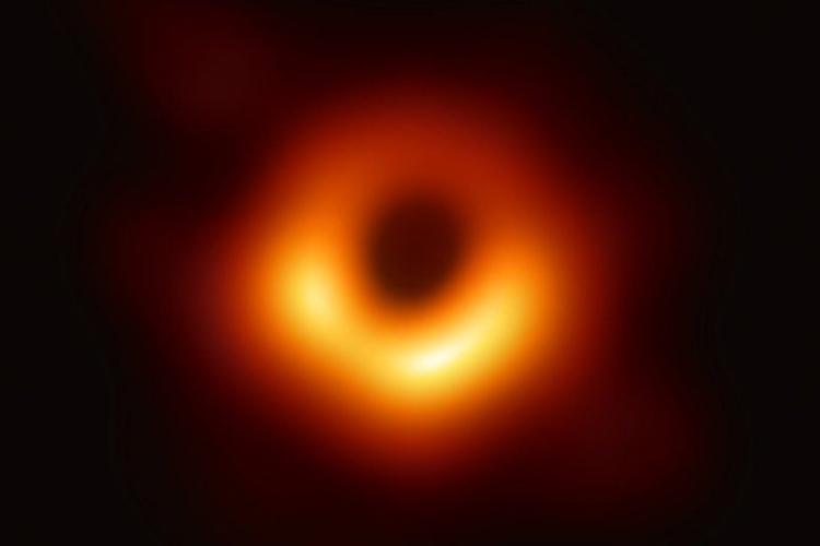 Black hole photo.jpg